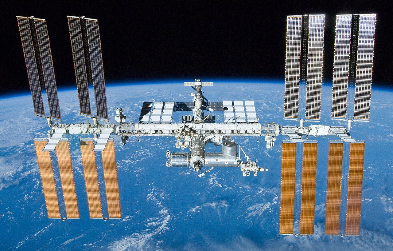 Photograph of the International Space Station in Earth's orbit.