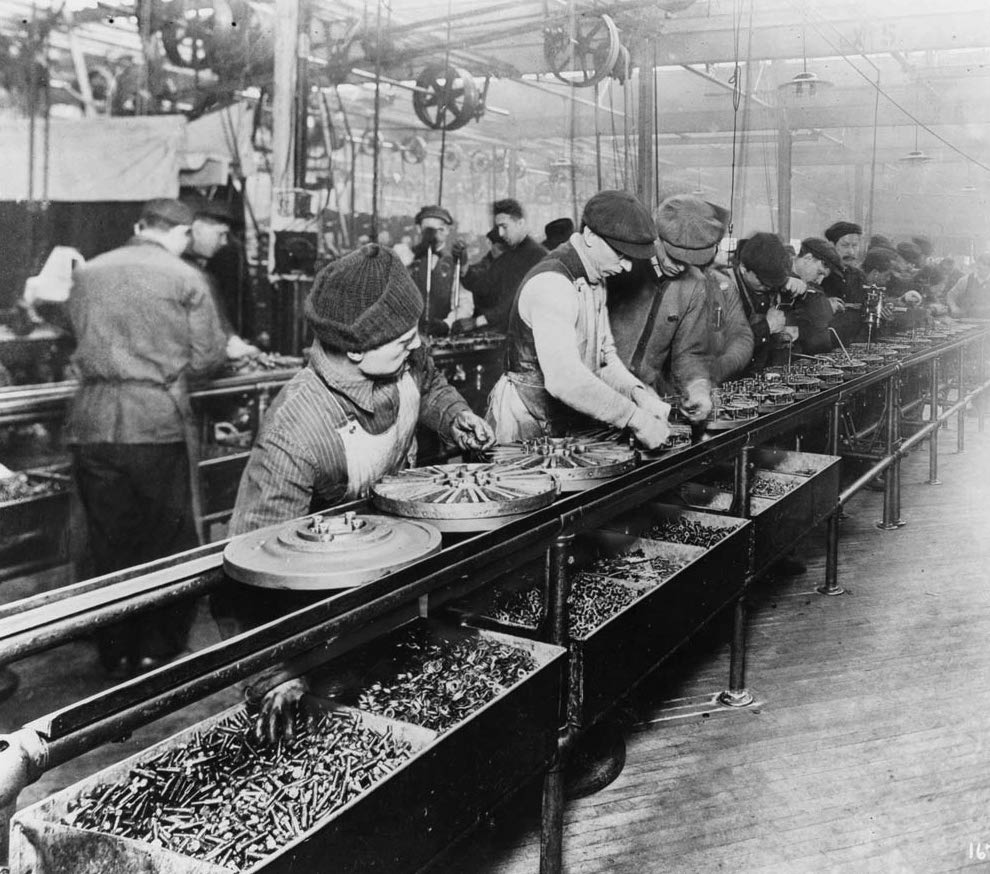 An old photograph of the Ford assembly line.